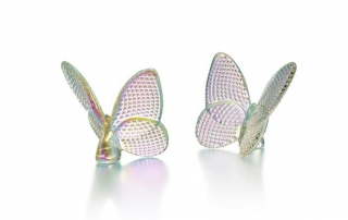 Baccarat-Lucky-Butterfly-Atkinsons-South-Granville-Holiday-Gift-Guide-Home-Decor-1150x444.fw
