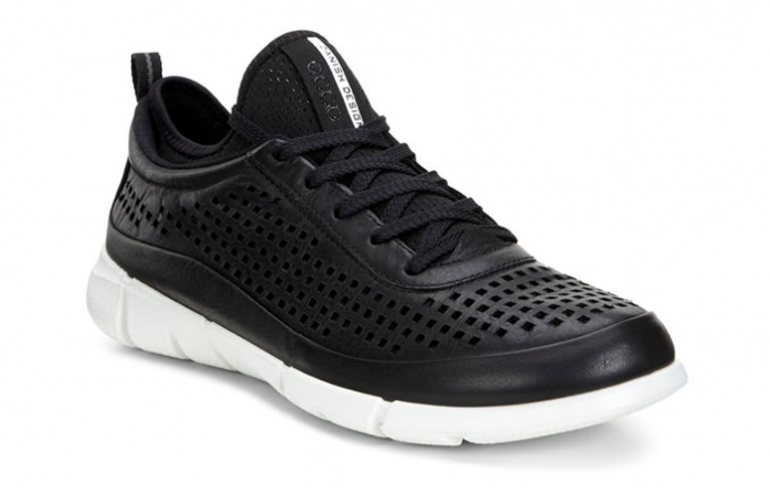 Ecco-Intrinsic-South-Granville-Holiday-Gift-Guide-Fashion-Footwear-1150x444