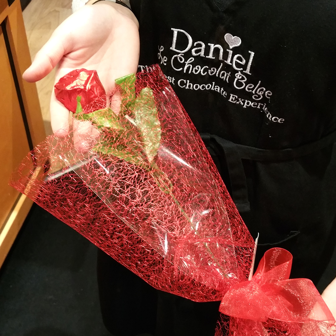 Daniel-Le-Chocolat-Belge-Rose-Valentines-Day-South-Granville-20160204_144314-1080x1080