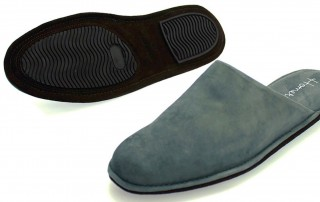 shoes2go-mens-slippers-1439x1080