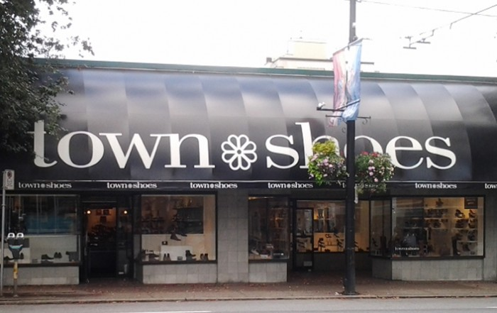 Town-Shoes-South-Granville-Fashion-Directory-Vancouver-20140924_170834-1150x444