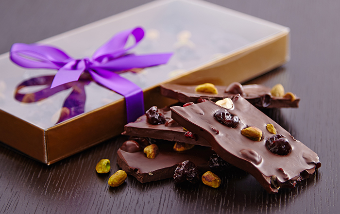 Chocolate-Bark-Making-Purdys-Chocolatier-South-Granville