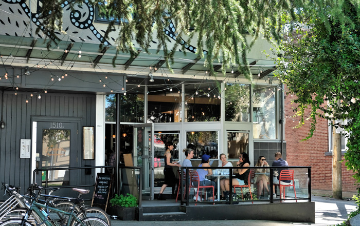 Outdoor-Patio-Stable-House-Bistro-South-Granville-Vancouver