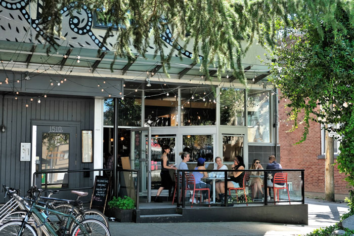 10 Prime Outdoor Dining Spots For Summer in South Granville